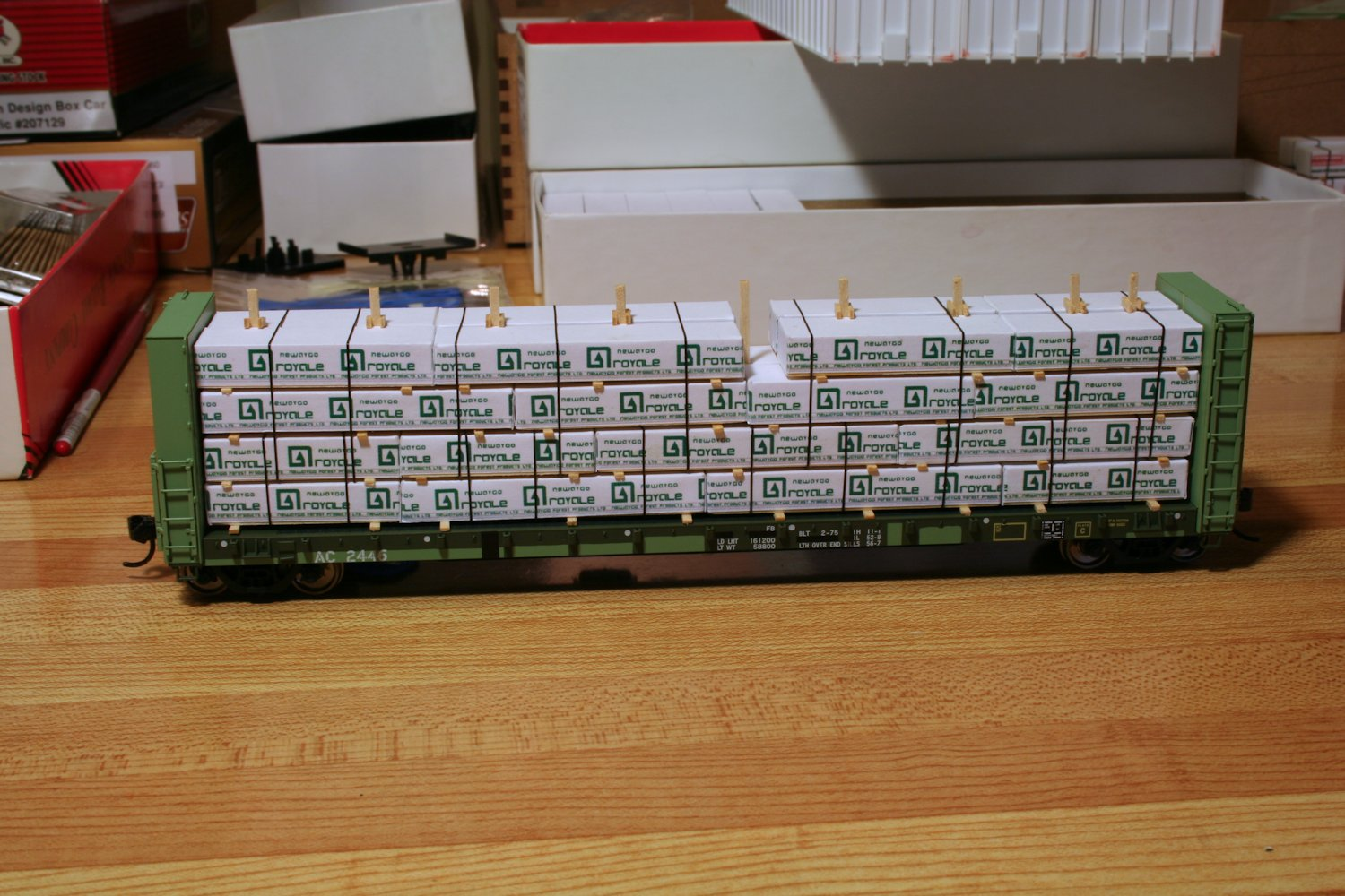 Lumber Loads Algoma Central In Ho Scale