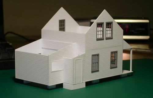 HO scale scratchbuilt model of Franz section house by Chris vanderHeide.